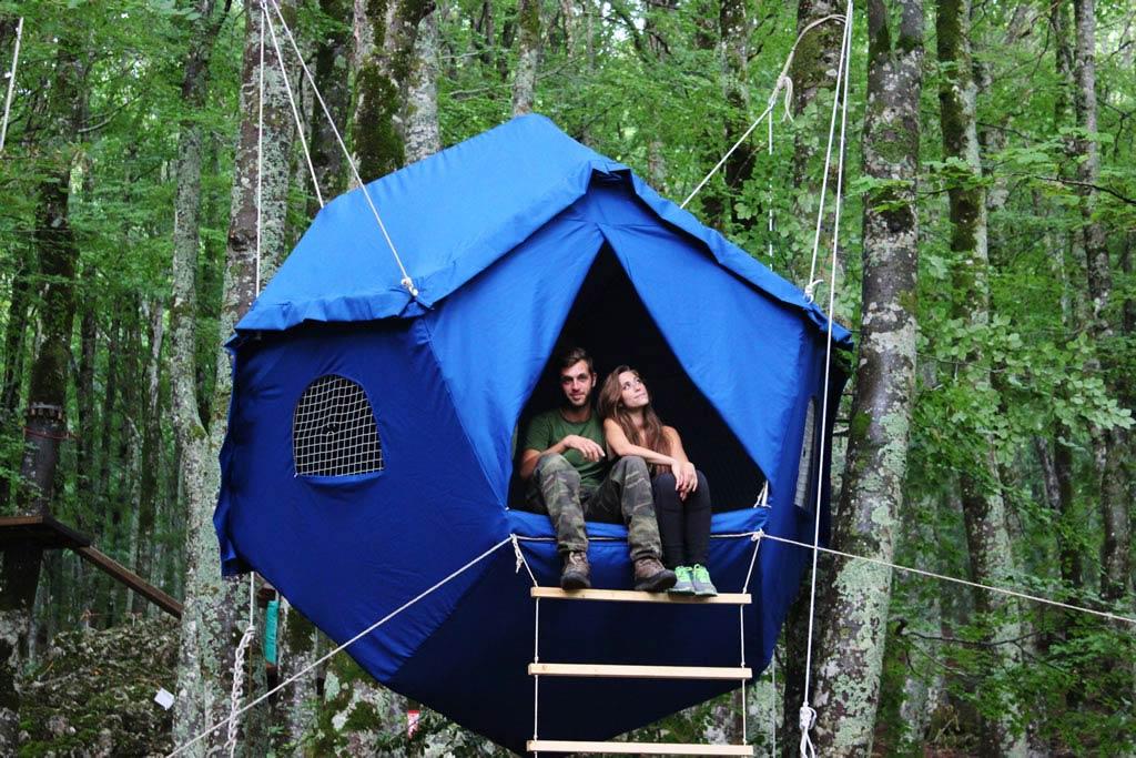 Come Tenda Campeggio 4 Posti Stock Di Tenda Decorativo